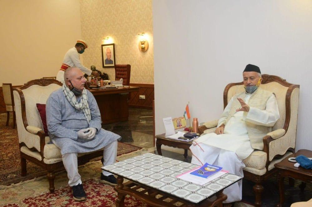 Actor manoj joshi meets Maharashtra governor bhagat singh koshyari at raj bhavan