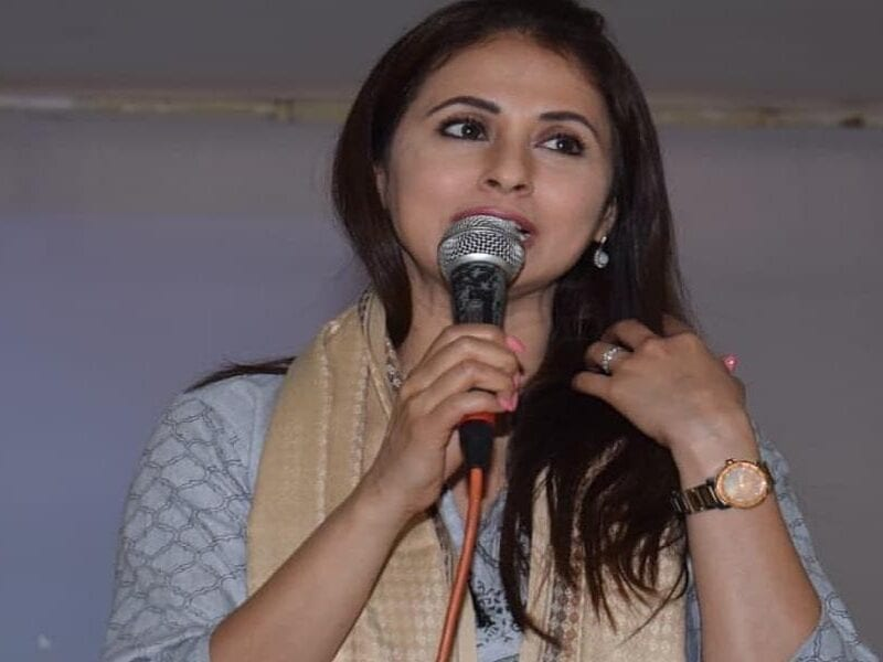 shivsena picks urmila matondkar for legislative council seat