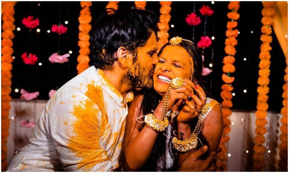 Siddharth Chandekar And Mitali Mayekar Haldi Ceremony Photos Goes Viral