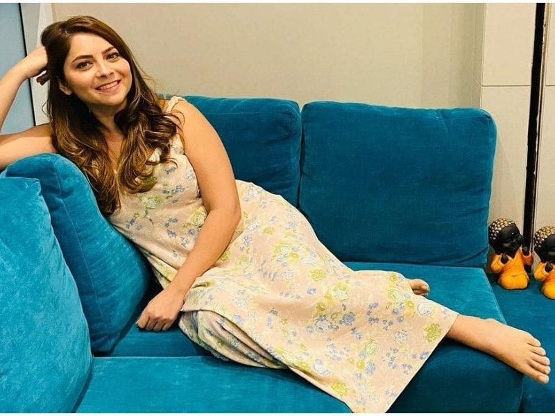 Sonalee Kulkarni Shared Her Cool Looking Photo From Her Dermatologist's Reception