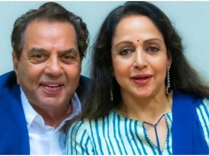 hema malini father did not want her spend time alone with dharmendra