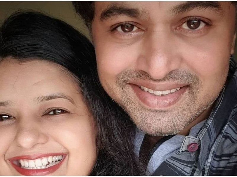 Subodh bhave shared photo with his wife in the memory of propose day